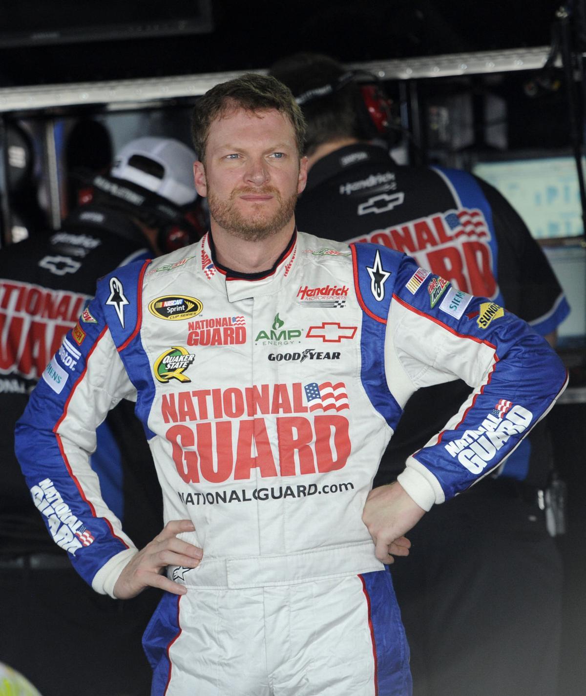 Dale Earnhardt Jr. has concussion, out 2 races