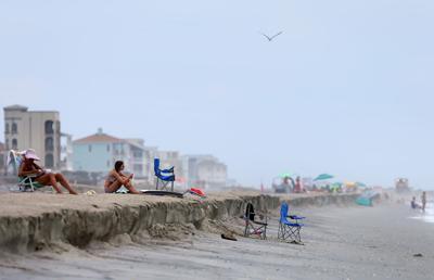 dropoff renourishment folly beach.jpg (copy) (copy) (copy)