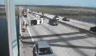 I-526 west traffic clogged after wreck
