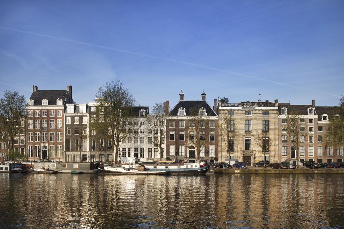 In Amsterdam, loving Rembrandt again