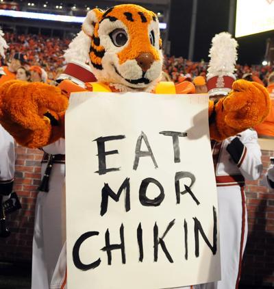 Clemson vs USC 2016 Tiger mascot (copy)