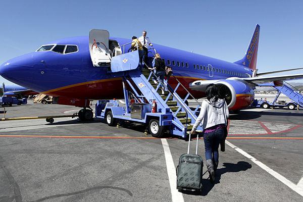 Southwest preps for landing in Charleston