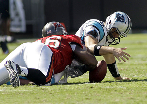 Moore benched as Panthers stumble against Buccaneers
