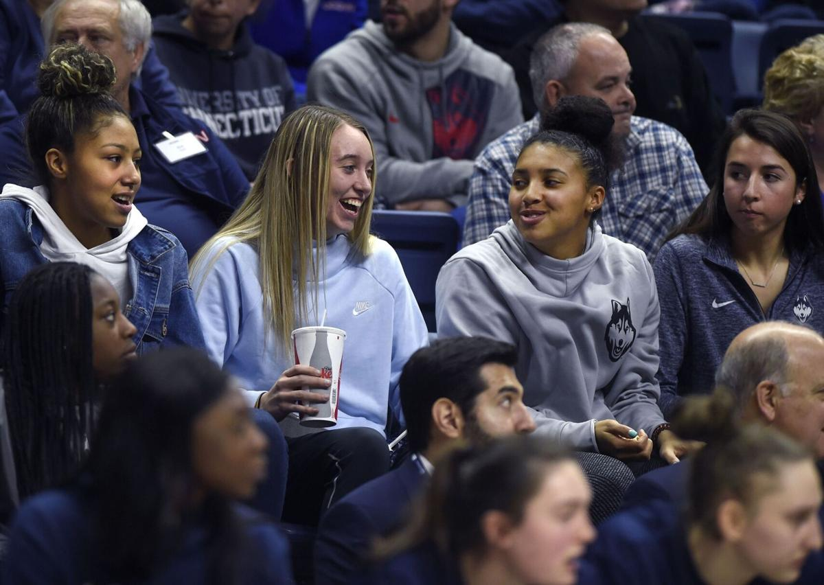Azzi Fudd to join Paige Bueckers at UConn