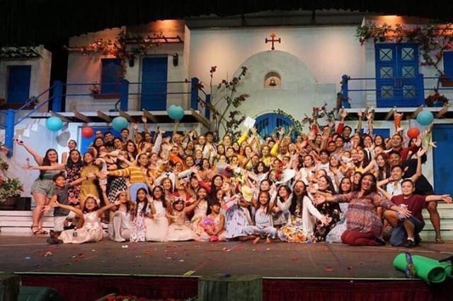 'Mamma Mia!' dazzles crowd