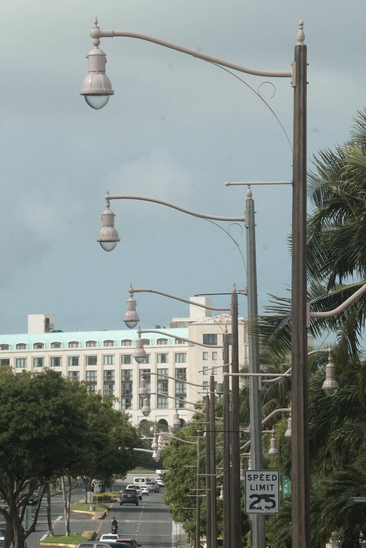 Nearly 100 streetlight jobs pending   Guam News   postguam com