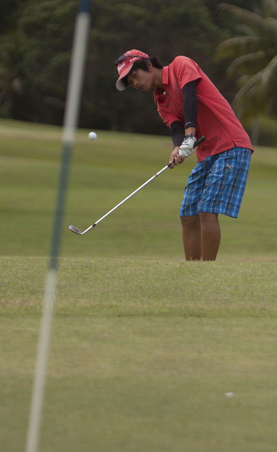 Hua, Tarpley take top golf spots