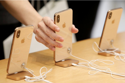 Apple loyalists prove physical stores not needed to drive sales