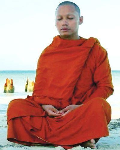 Shaolin Warriors Monk On White Background Stock Photo 42493408 ...