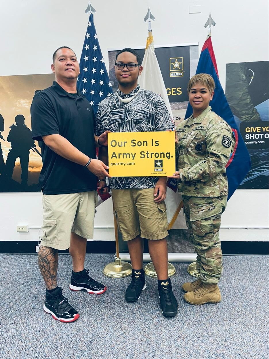 Tainatongo sworn in to Army under mother's watch