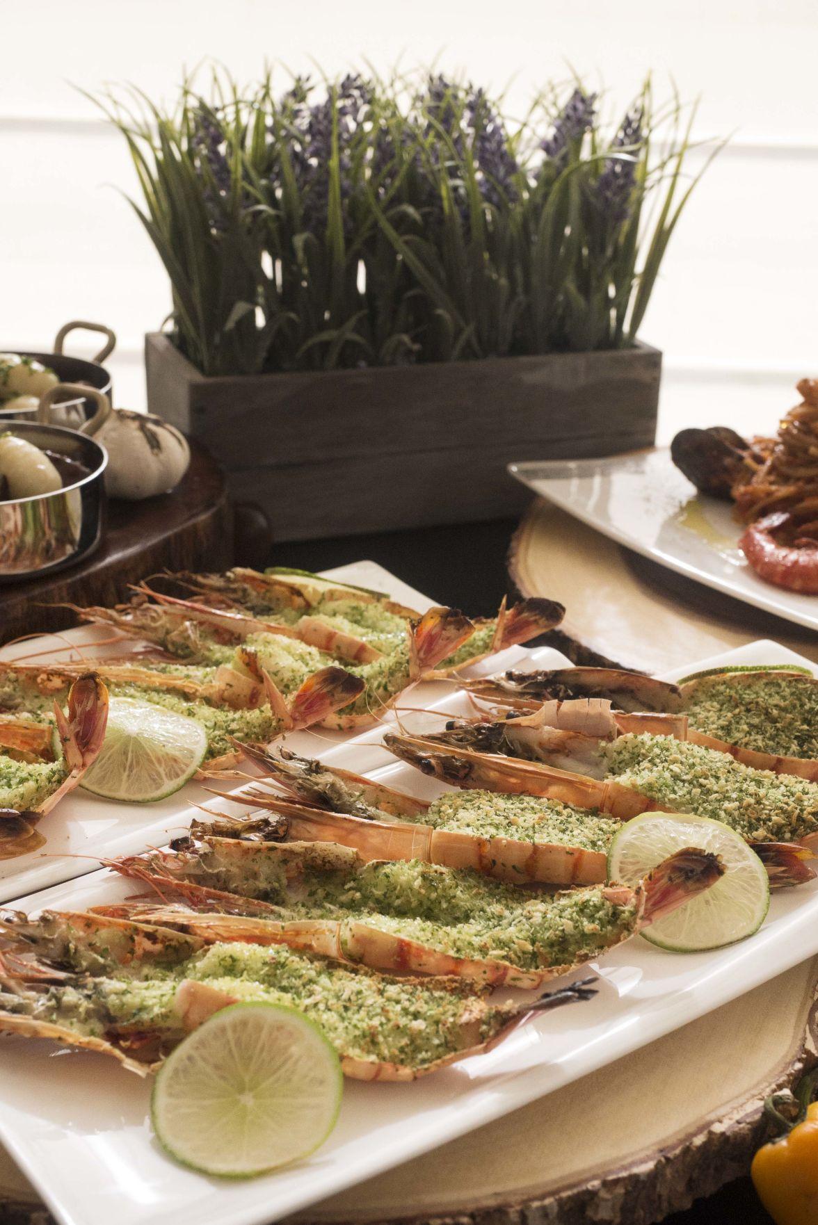 Prime rib headlines international buffets at Magellan