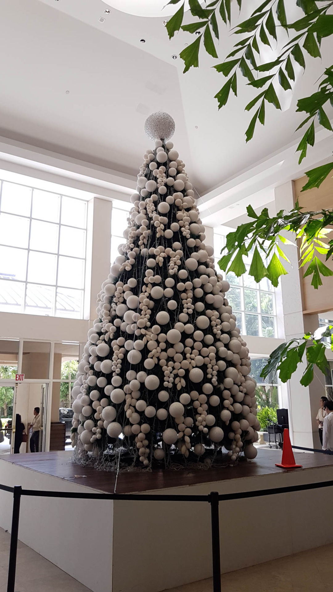 Holiday spirit kicks in across island Guam News