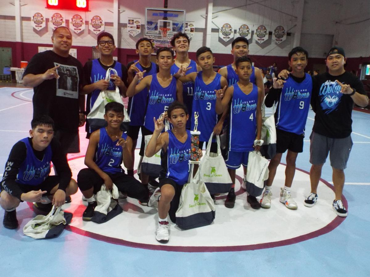 Island Wolves claim 14U title -2