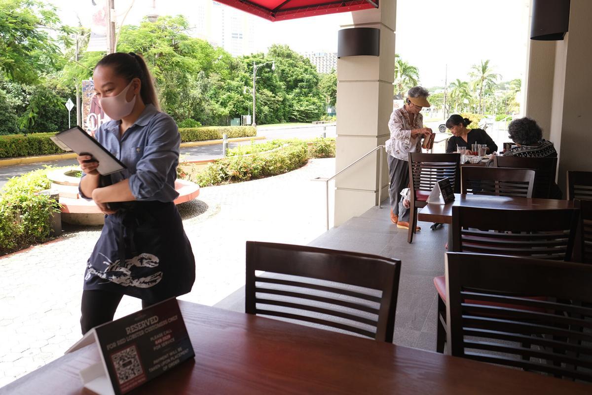 Restaurants change it up for outdoor diners