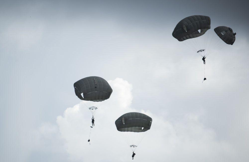 Paratroopers descend