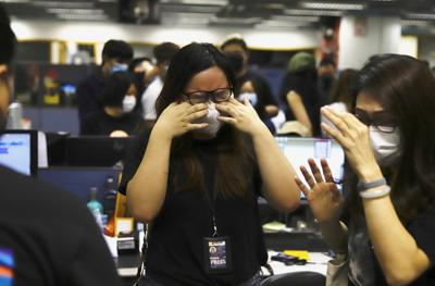 US and allies condemn crackdown on Hong Kong's Apple Daily