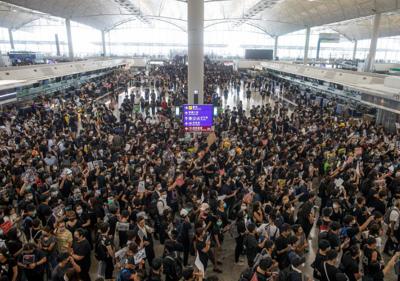United cancels Guam Hong Kong flight over protest