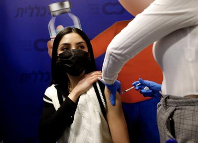 Israeli study: SAfrican variant can 'break through' Pfizer vaccine