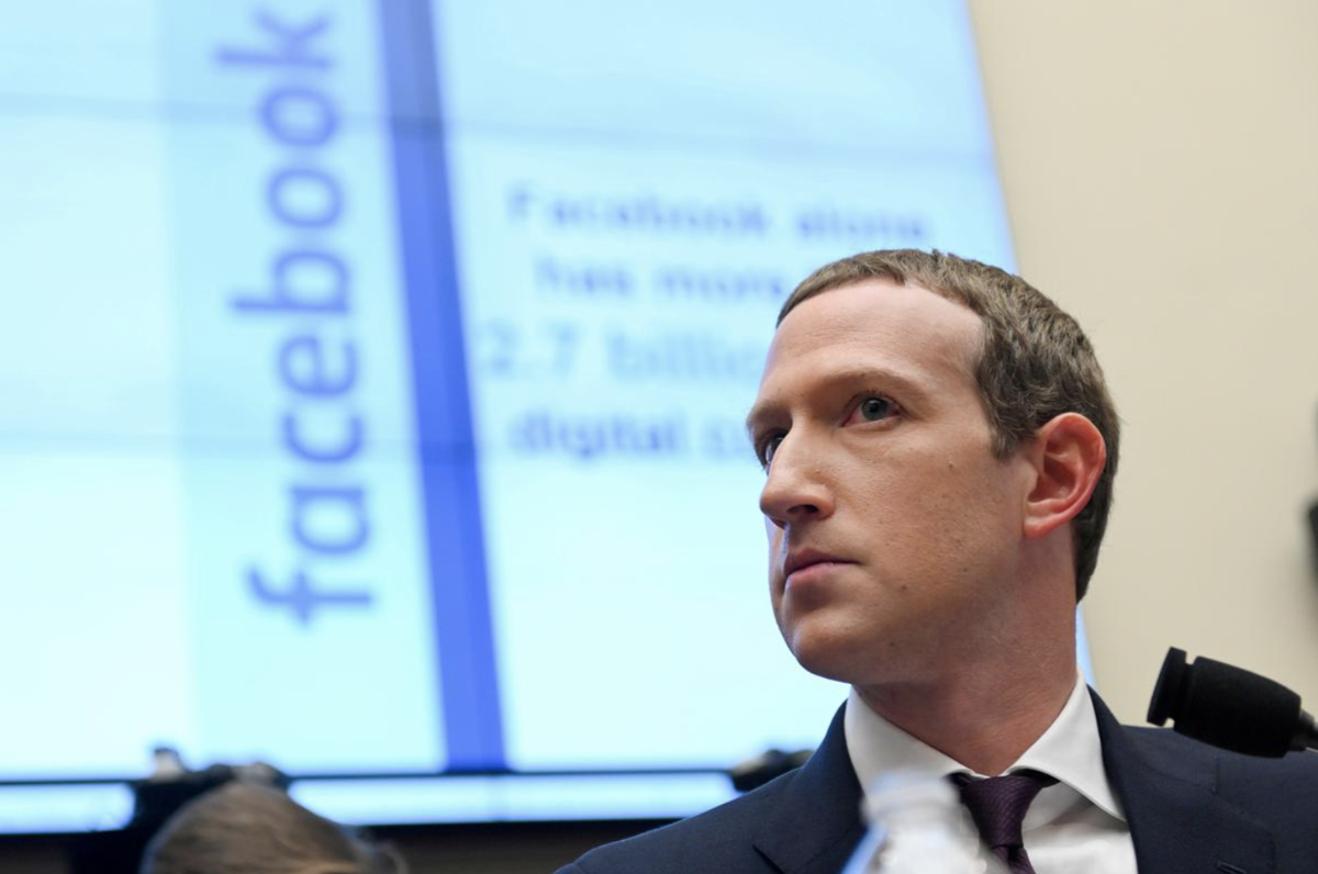 Facebook tweaks ad policy for 2020 politics