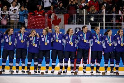 US women's hockey to face Canada