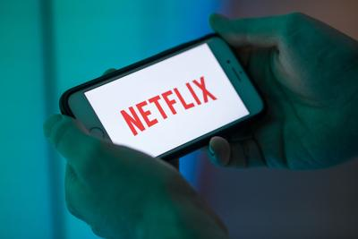 netflix raises prices to pay for original content price hike
