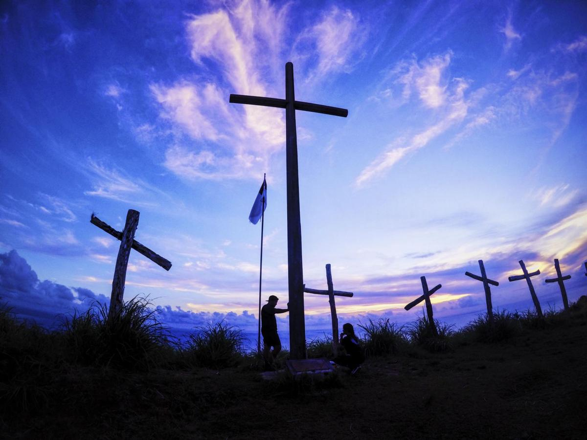 Pandemic tests people's faith, alters Holy Week traditions