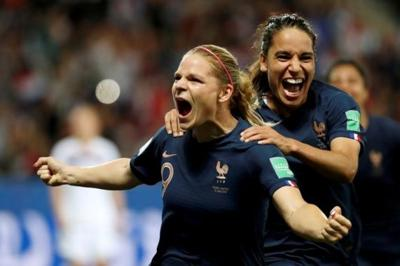 France overcomes own goal, drops Norway