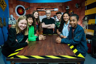 'MythBusters' spinoff brings it all back