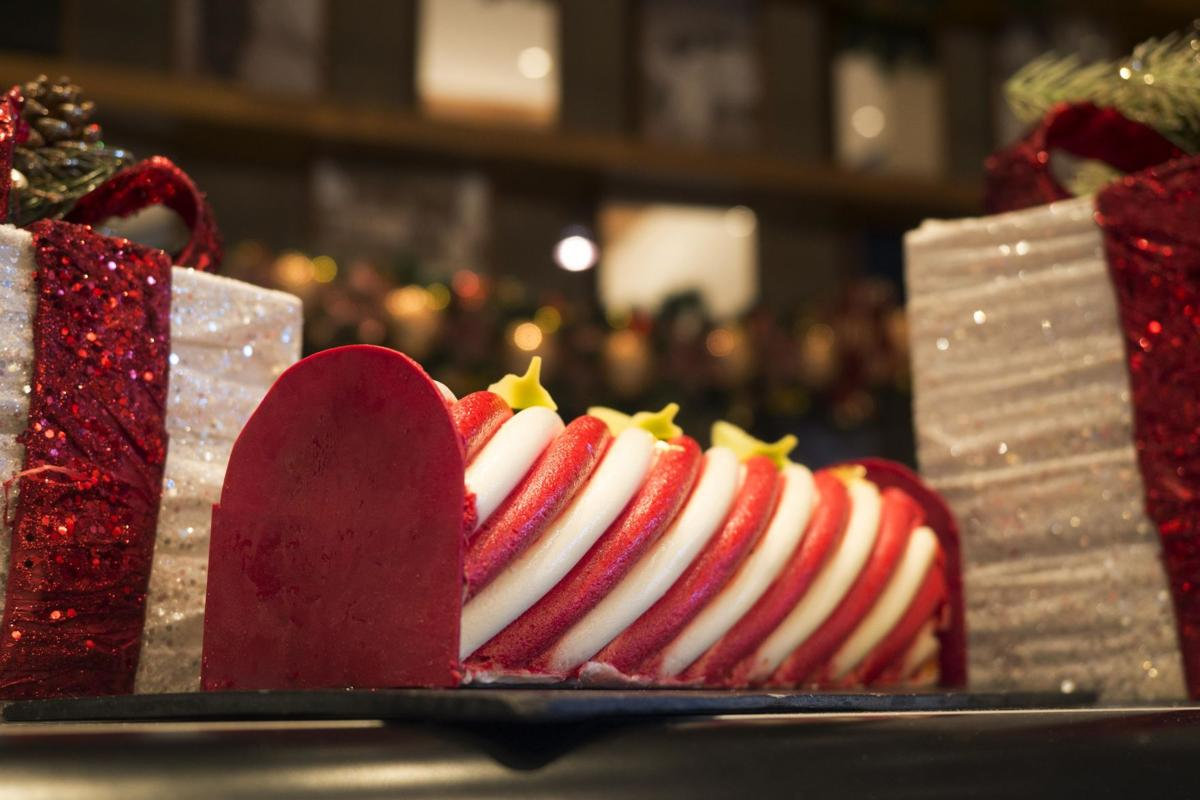 Dusit Gourmet delights with holiday sweets