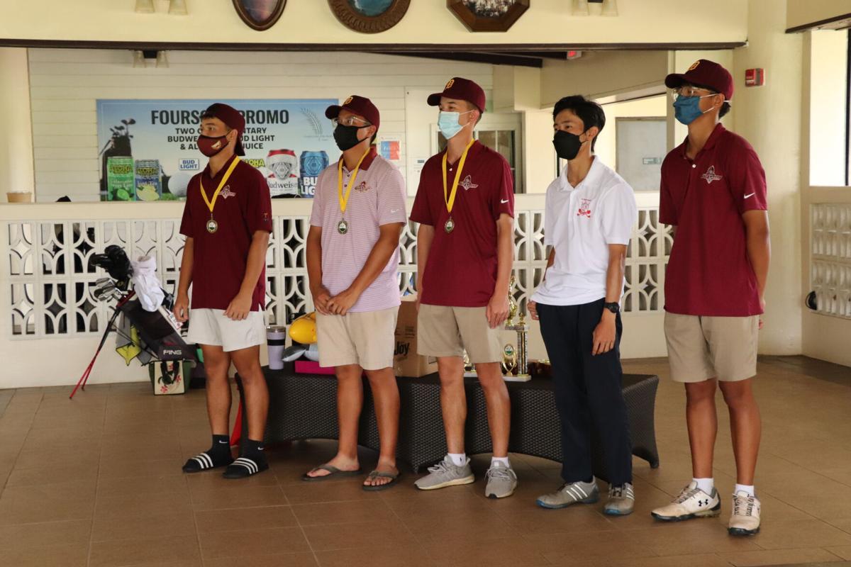 Knights, Friars split golf championships