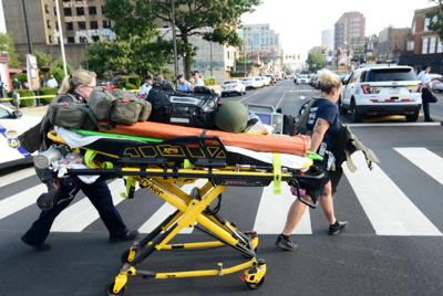 Six Philadelphia police officers reported shot in drug raid