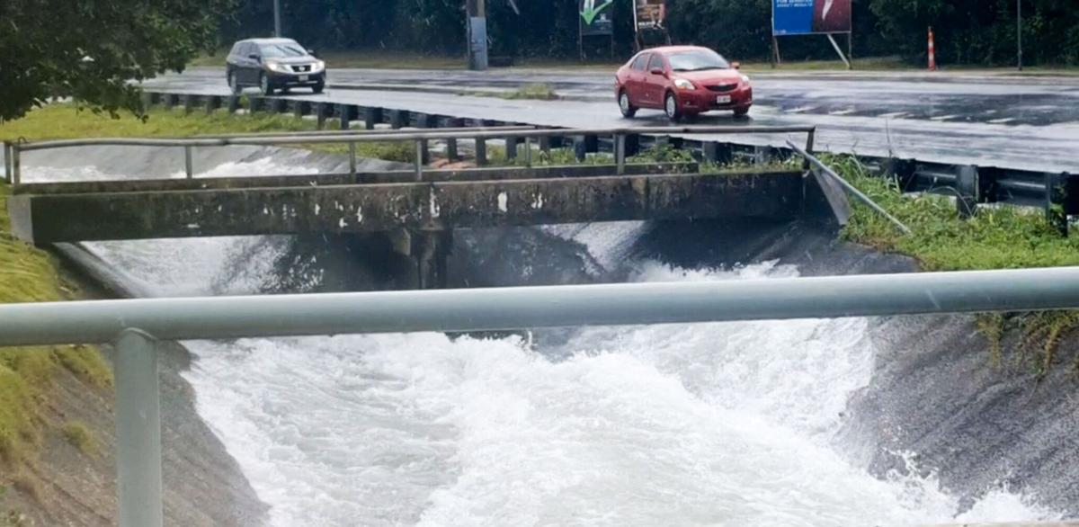 Heavy rains cause more flash flooding