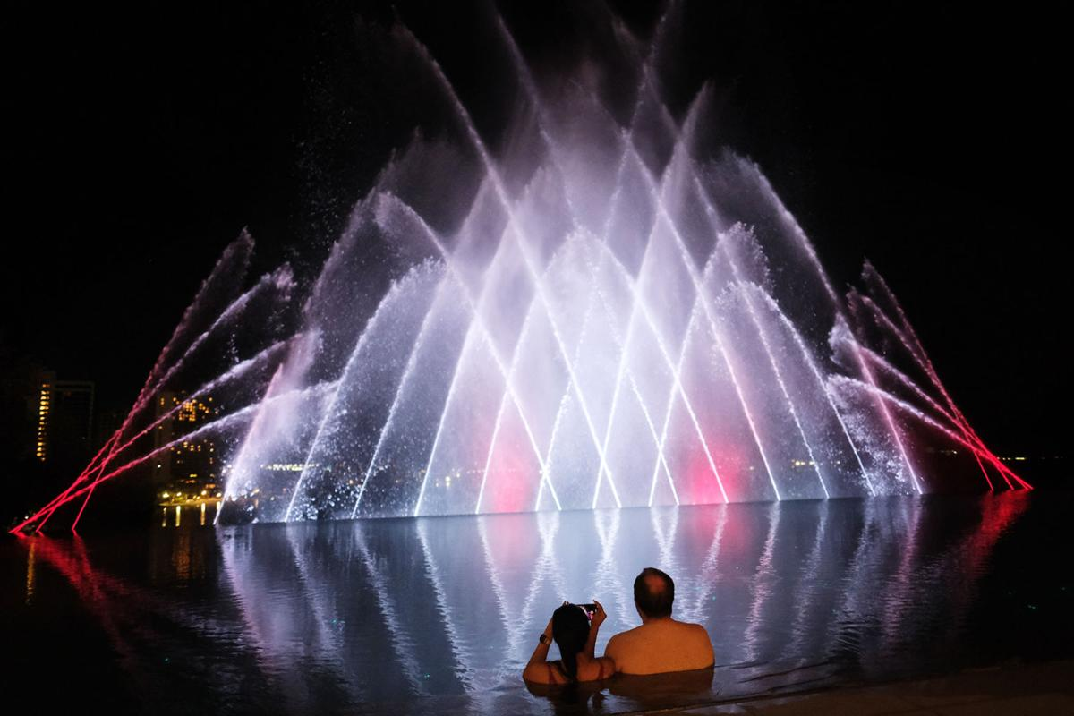 Tsubaki Tower water show lights up the night