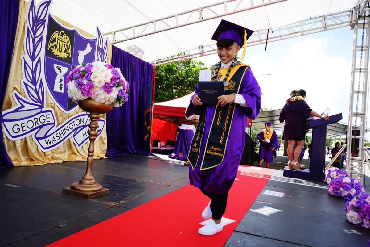 290 Geckos kick graduation into high gear