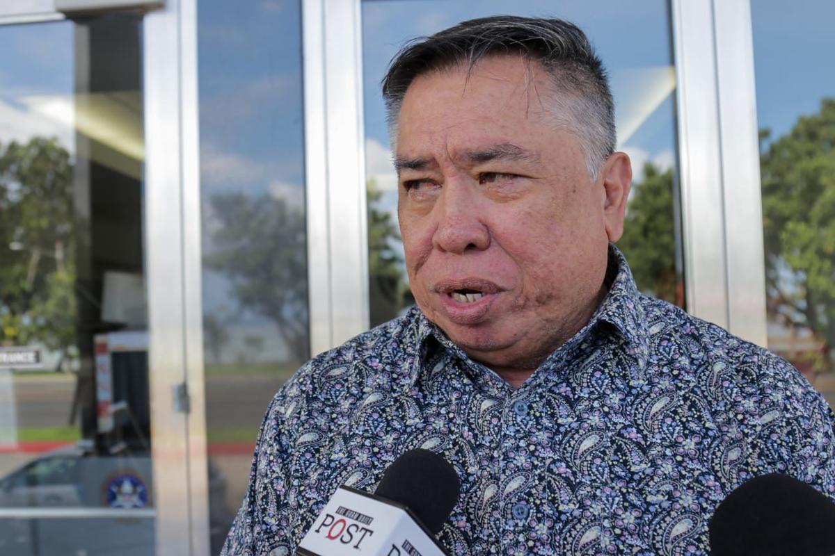 Mayor remains behind bars