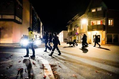 Police: Man armed with bow and arrow kills 5 in Norway