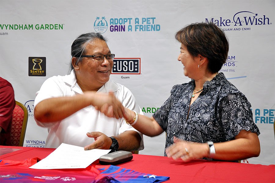 Guam National Badminton Federation signs MOU with Special Olympics Guam