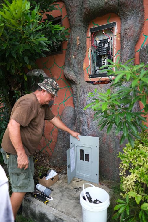 Park's electrical panel stolen | Guam News | postguam com