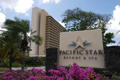 Judge suspends hotel foreclosure