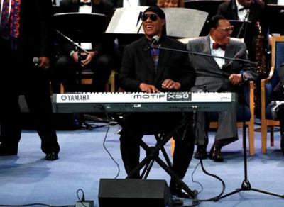 Stevie Wonder to undergo kidney transplant