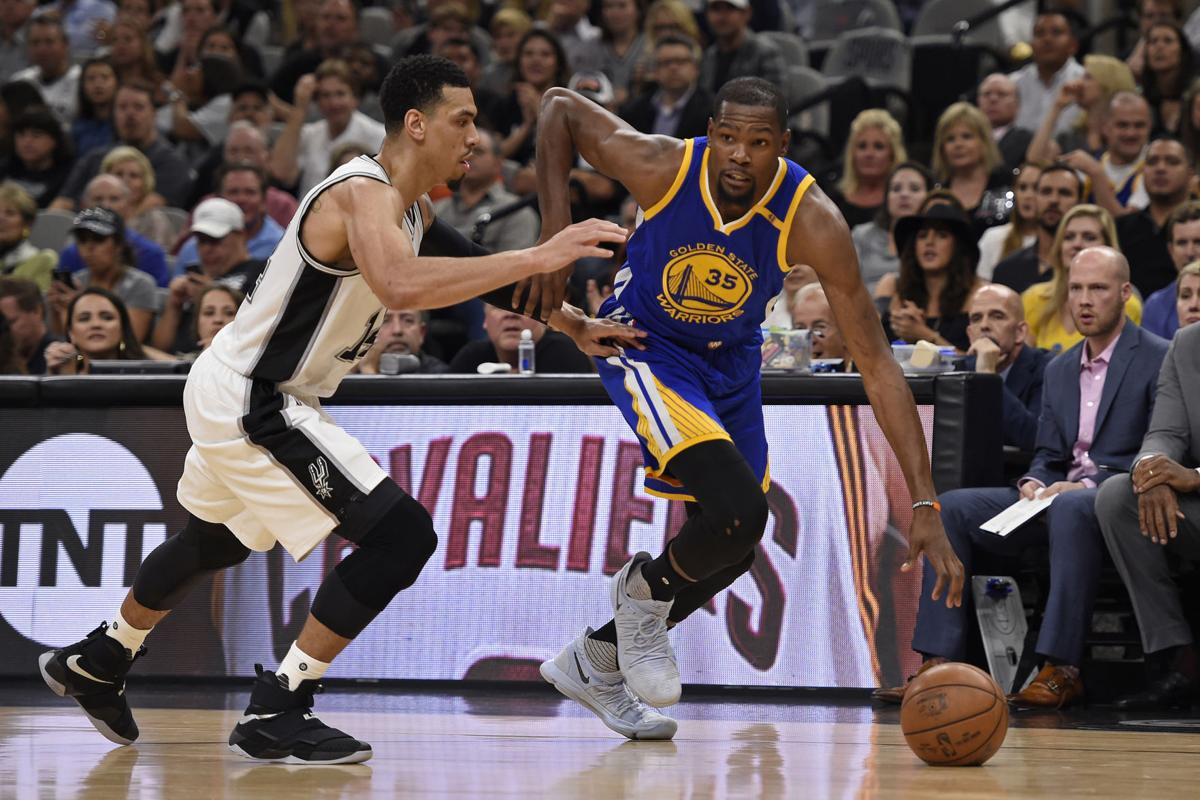 542c54c38ad Warriors sweep Cavs in NBA finals
