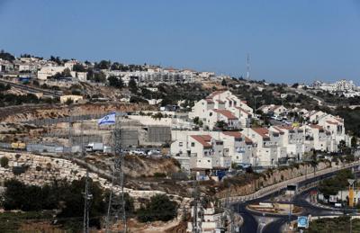 US backs Israel settlements, angers Palestinians