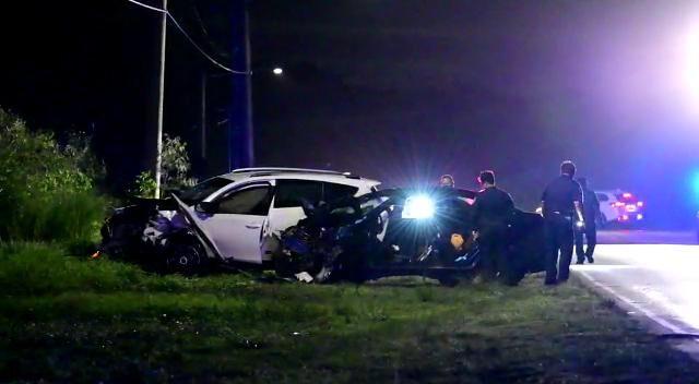 Police: Man, 30, dies in Route 15 crash