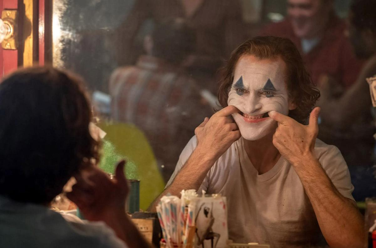 """Twisted and shocking, """"Joker"""" is a must-see"""