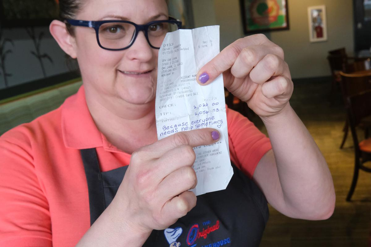 Oak Lawn waitress, a single mom living in a hotel, says $2,020 tip will jump start a better life