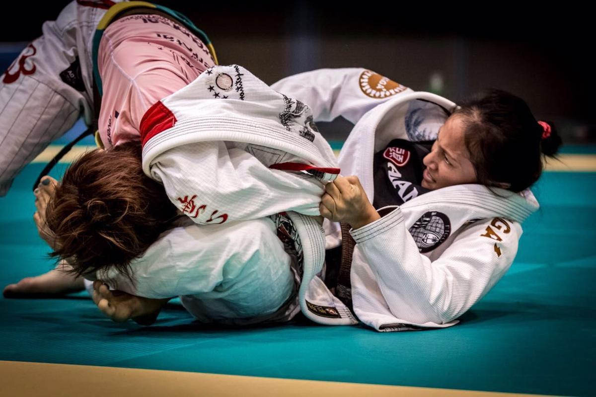 Lenora Makela Finds Gold On Her Brazilian Jiujitsu Journey Guam Sports Postguam Com
