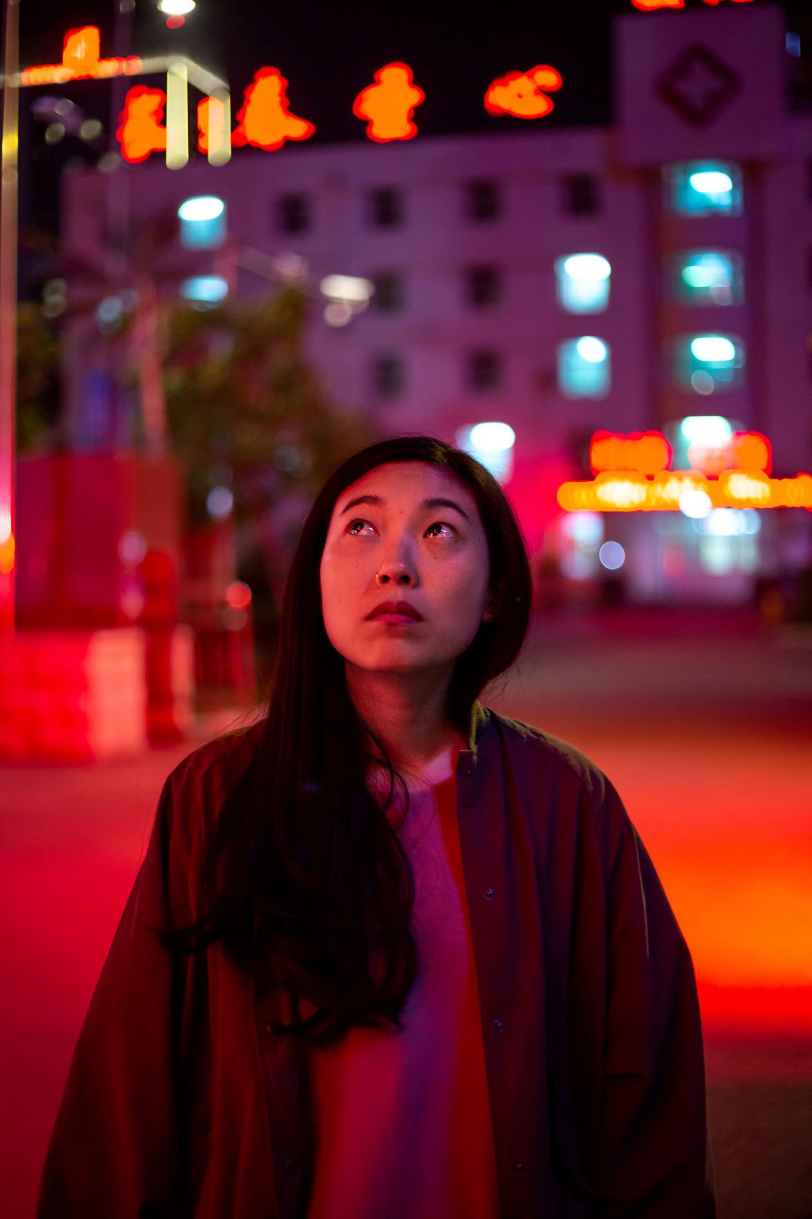 Awkwafina delivers breakout dramatic performance in tender, funny 'Farewell'