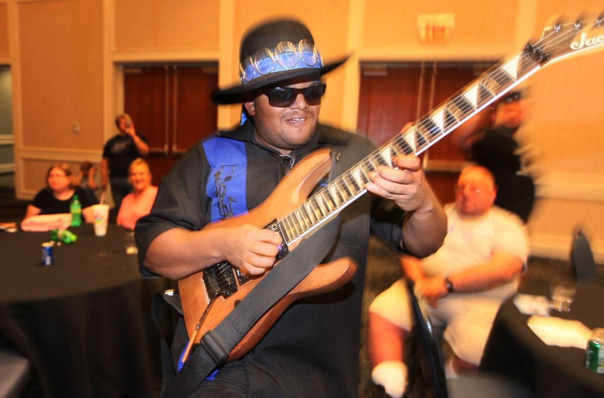 Guitarist with autism wows audiences