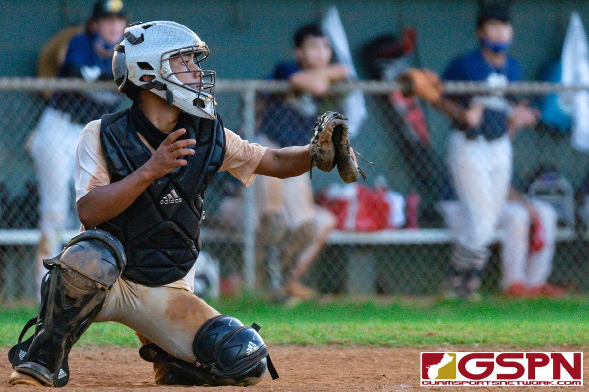 Geckos outscore Royals 15-4 in ISA baseball