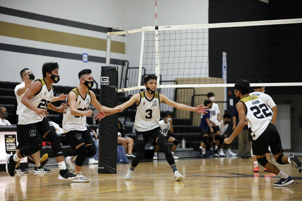 Titans refuse to lose against Bulldogs in boys volleyball championship game